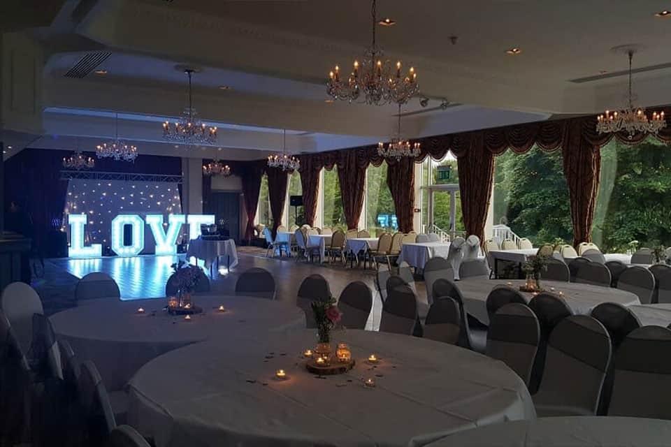 Room setup for wedding dinner